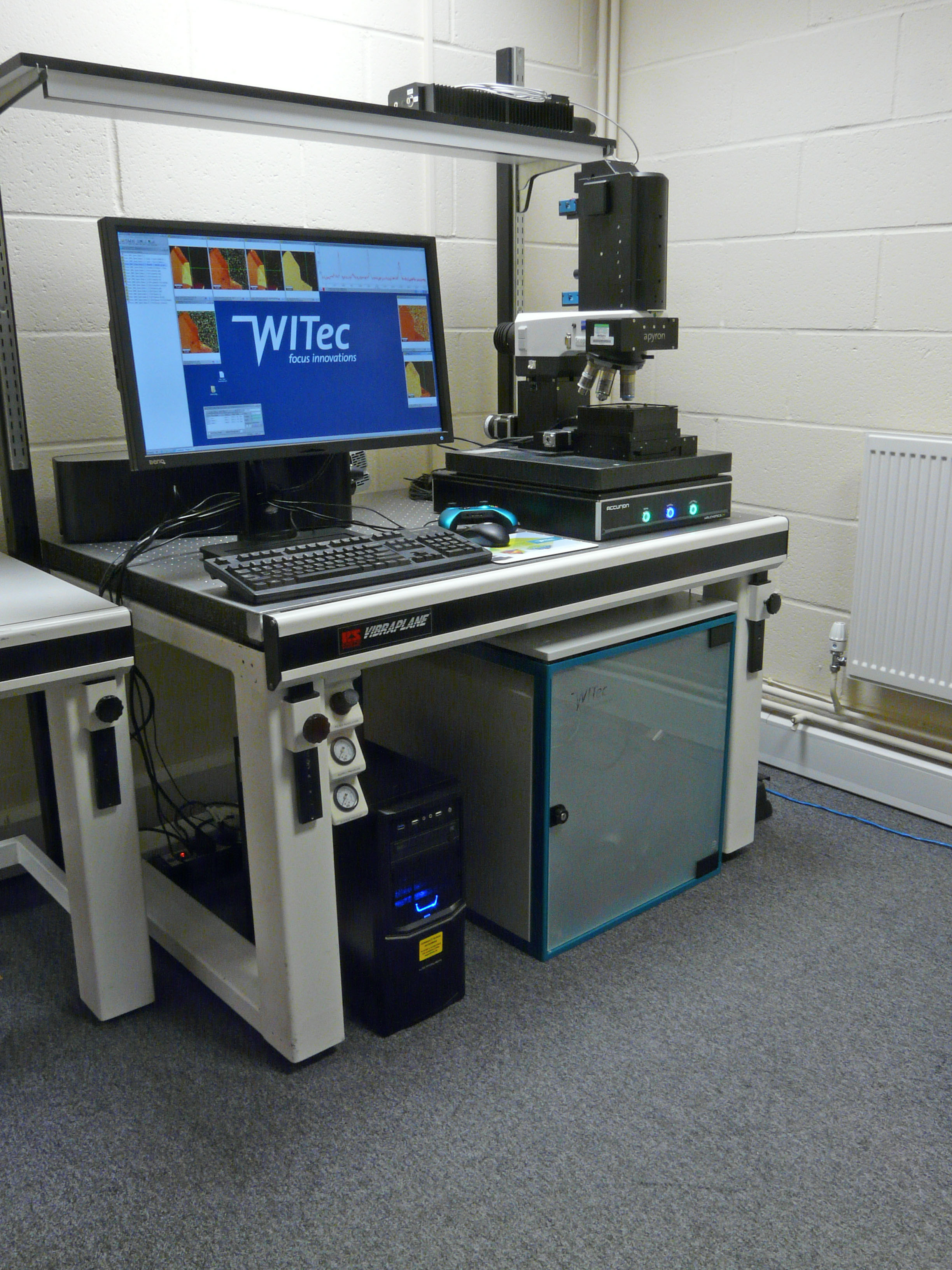 WITec apyron system in our lab